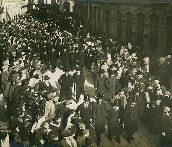 Cortexo fúnebre de Curros Enríquez na Coruña